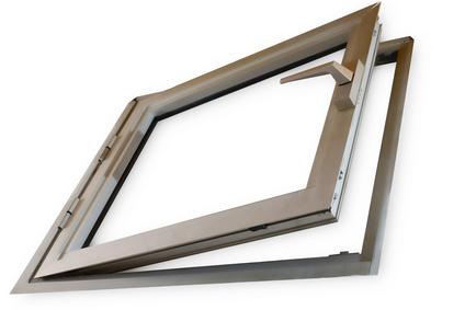 fenêtre bois marron