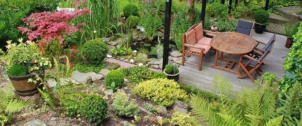 Photo d'un jardin en pente