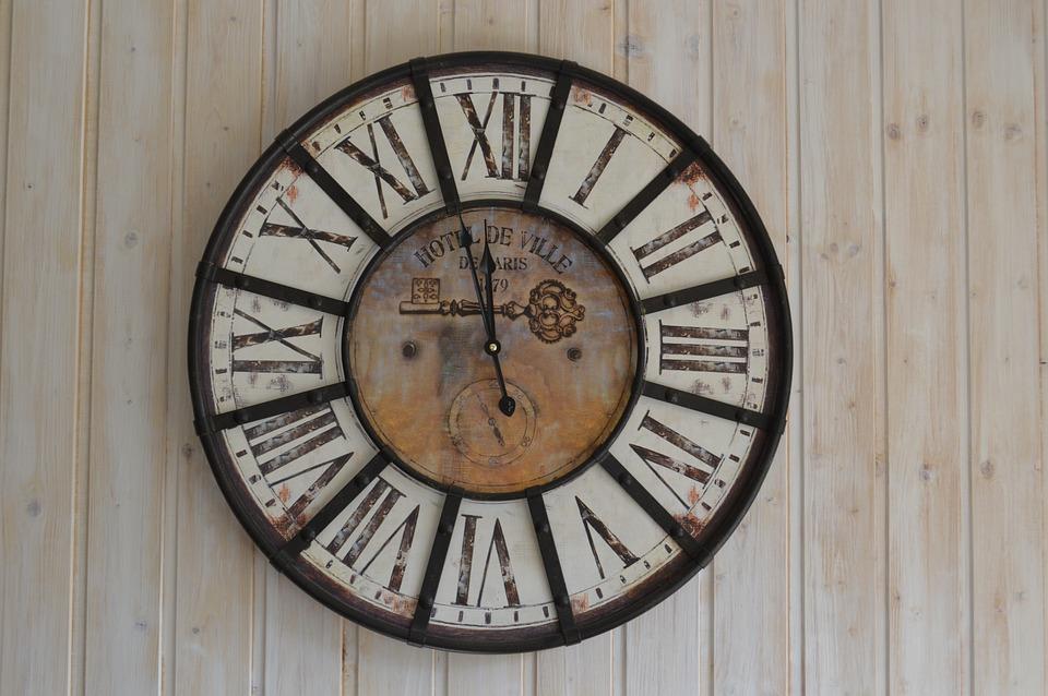 clock-1008830_960_720